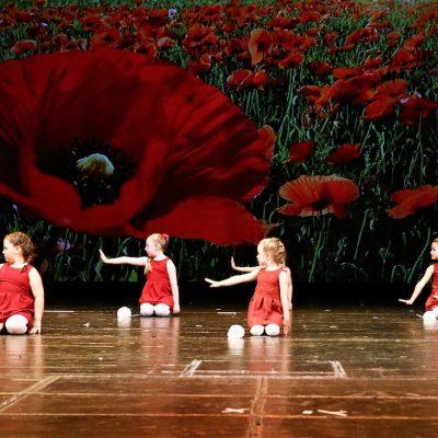 opera figli del popolo danza 1